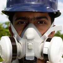 A GUIDE TO CHOOSING THE CORRECT RPE - MAN WEARING RPE MASK